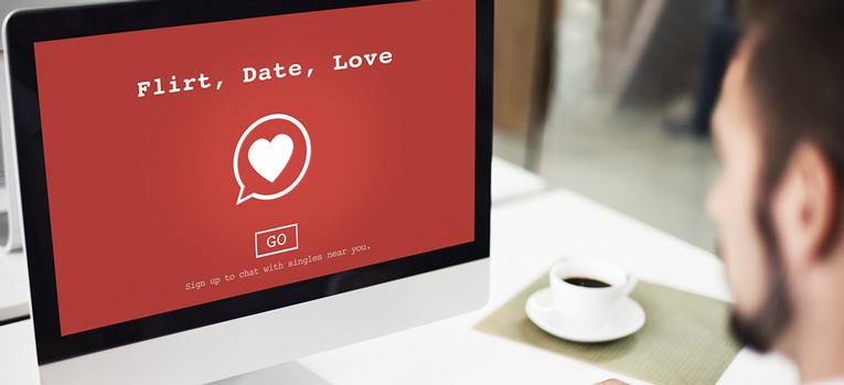 Free vs. paid online dating sites